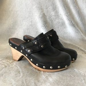 Lucky Brand Mali Black Leather Wooden Clogs